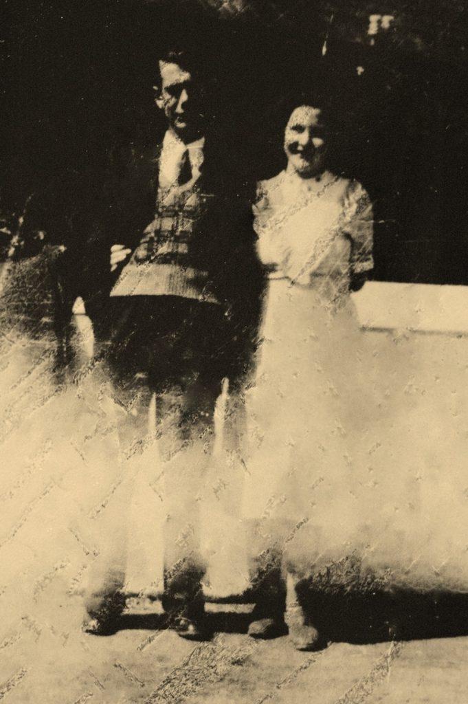 Pat & Tess Byrne Killincarrig Mon 27th June 1951