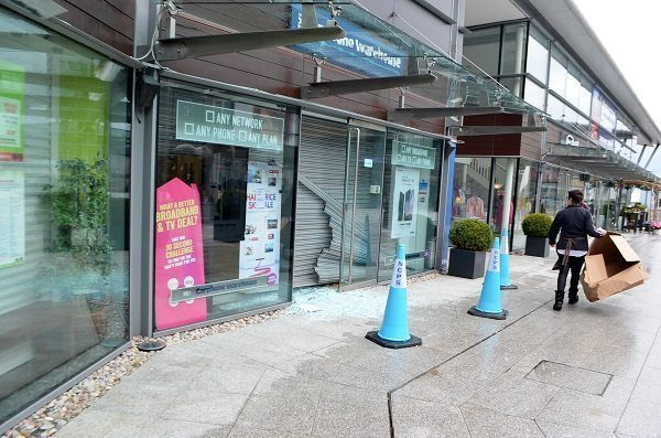 Robbery At Meridian Point's Carphone Warehouse