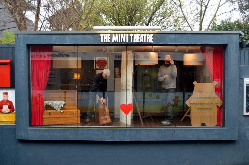 Hadrian & Brian Mini Theatre 1st Apr 2016 2 (1024x677)