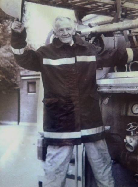 Jim Hayden retires from Greystones Fire Brigade Oct 1989 after 24 years