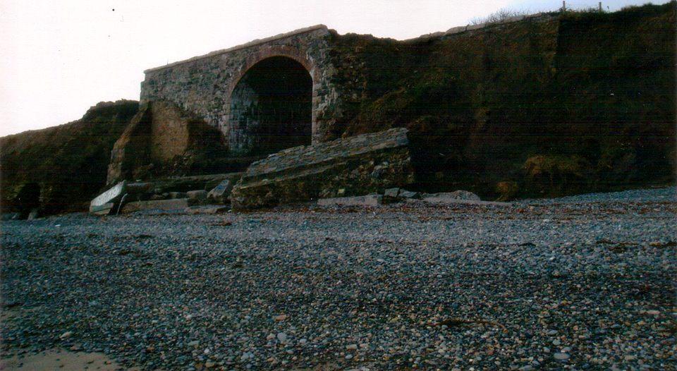 The Gap Bridge Nov 2004 Patrick Neary