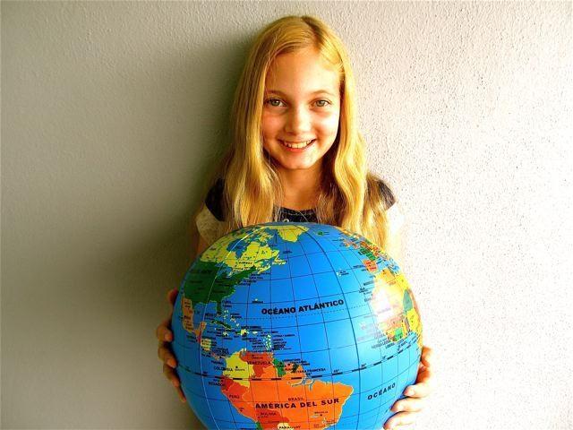 kids children globe world languages host families spanish studen